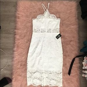 Off white laced floweral dress never worn